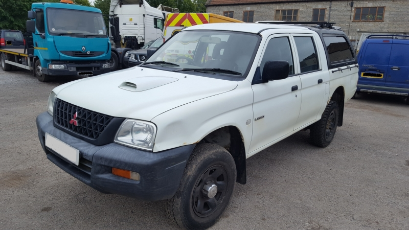 MITSUBISHI L200 GL DOUBLE CAB GL 4WD 2.5TD MAUNUAL ( MITSL238 ) PICTURES FOR GUIDE PURPOSE ONLY , PLEASE PHONE IN OR EMAIL WITH YOUR PARTS ENQUIRY , THANK YOU
