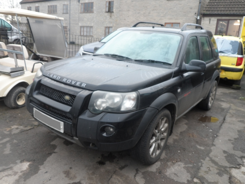 FREELANDER SPORT 5DR TD4 AUTO ( LR1820 ) PICTURES FOR GUIDE PURPOSE ONLY , PLEASE PHONE IN OR EMAIL WITH YOUR PARTS ENQUIRY , THANK YOU