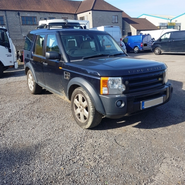 DISCOVERY 3 SE 2.7L TDV6 MANUAL 7 SEAT ( DISC2003 ) PICTURES FOR GUIDE PURPOSE ONLY , PLEASE PHONE IN OR EMAIL WITH YOUR PARTS ENQUIRY , THANK YOU
